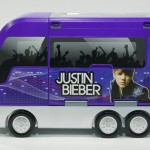 JustinBieberTourBus closed 150x150 Justin Bieber Rockin' Tour Bus and Concert Stage Has MP3 Dock and Speakers