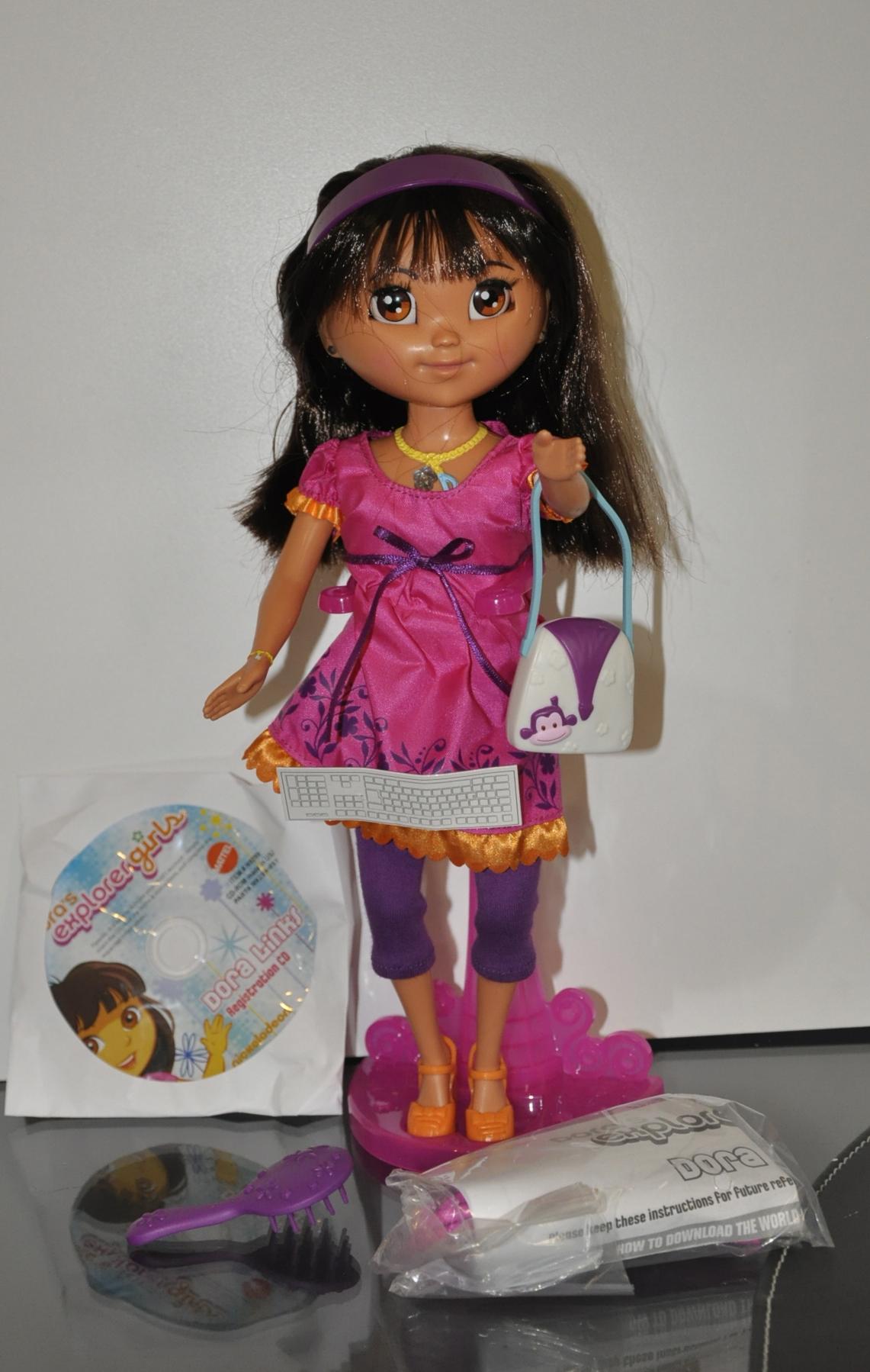 Dora U2019s Explorer Girls Dora Links Review  U2013 Chip Chicklets